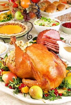 Праздничный стол на День Благодарения
