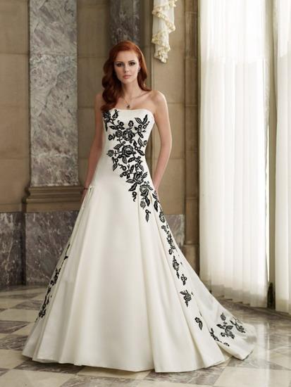 Великолепно подчеркивают грациозность женской фигуры свадебные платья облегающего силуэта, а также изящные модели силуэта «рыбка» («русалка»