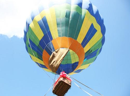 полет на шаре в подарок жене
